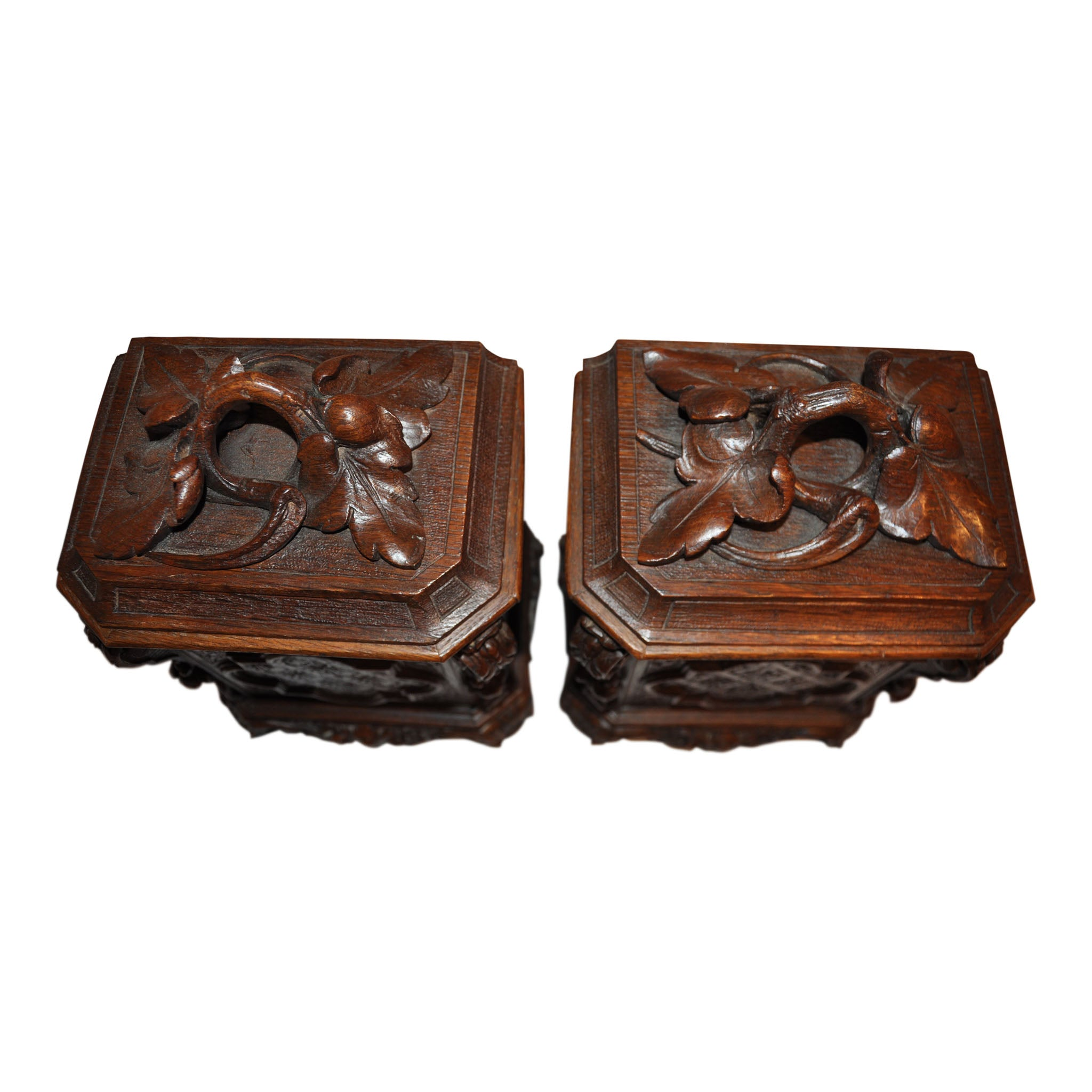 Carved Mantle Clock with Two Boxes Set/3