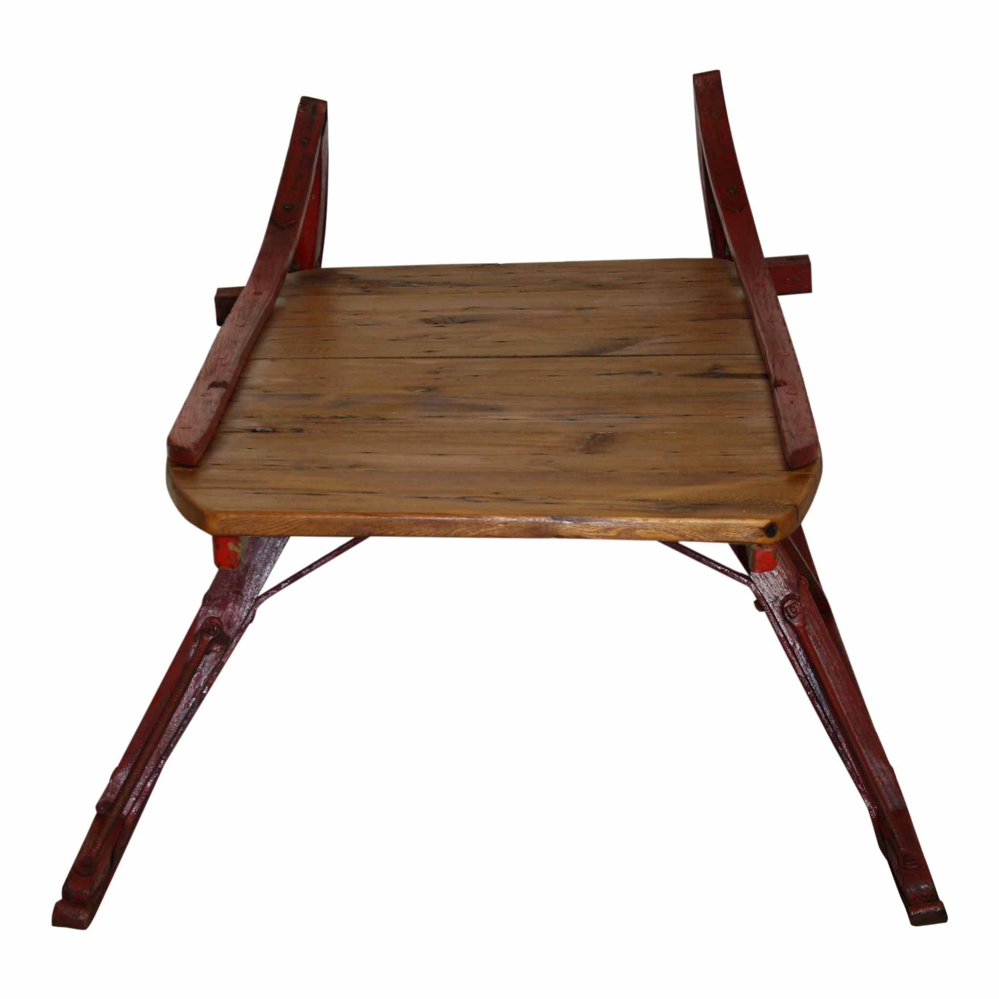 Sleigh Coffee Table with Red Runners