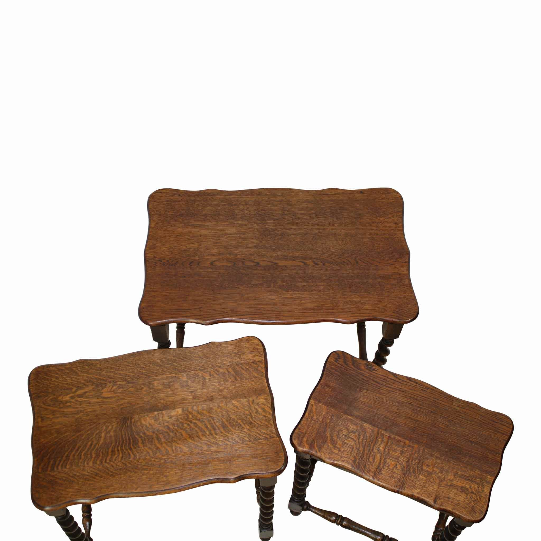 Oak Nesting Tables Set/3