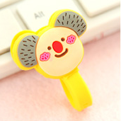Yellow Elephant Earphone Tie
