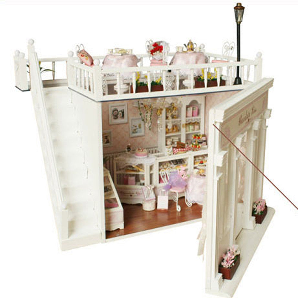 Frame Doll House