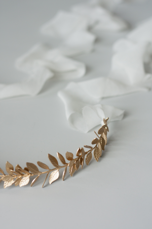 Laurel Leaf Sash | Gold