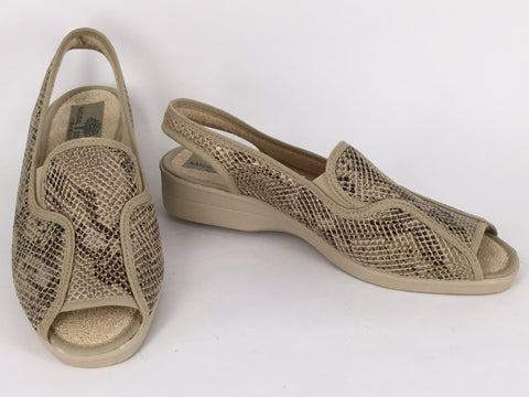 Natural Comfort Beyza available in 2 colours