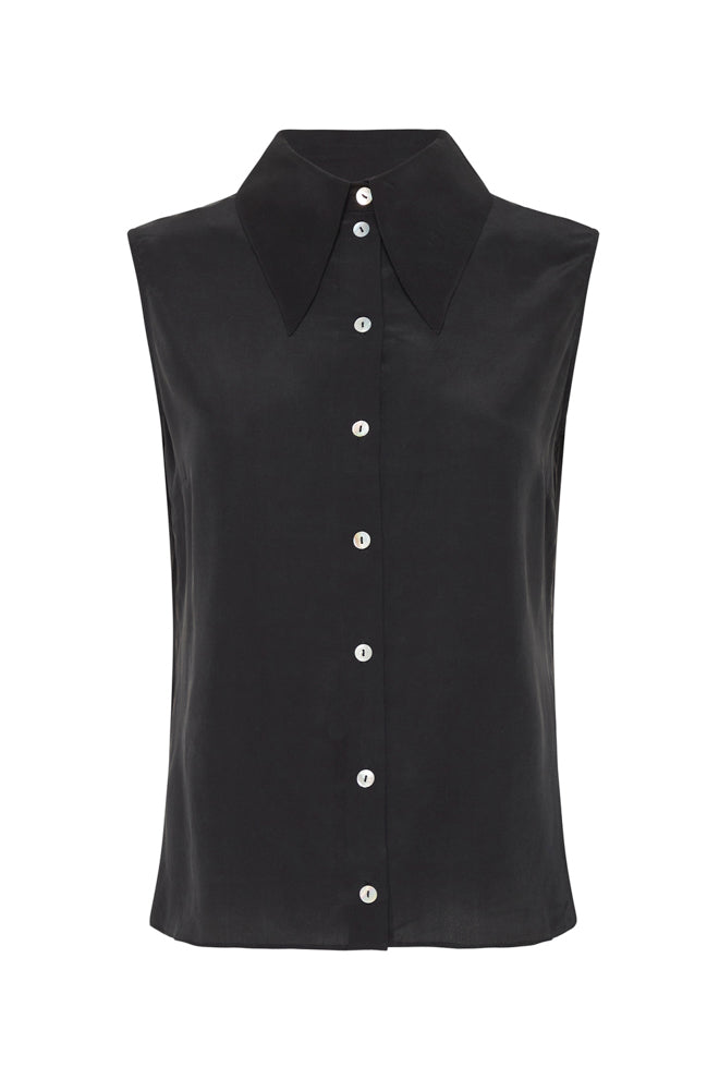 SLEEVELESS SHARP COLLAR SHIRT BLACK