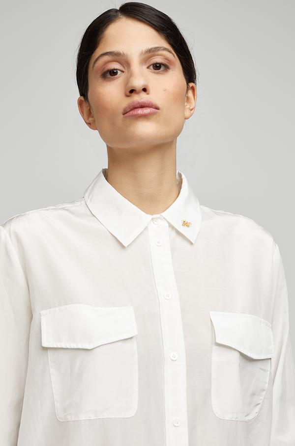 BOYFRIEND SHIRT WITH BEE COLLAR