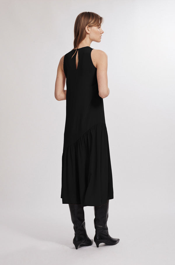 WAVE DRESS BLACK