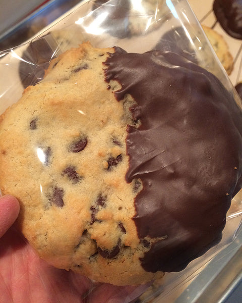 Chocolate Chip 1/2 Dipped