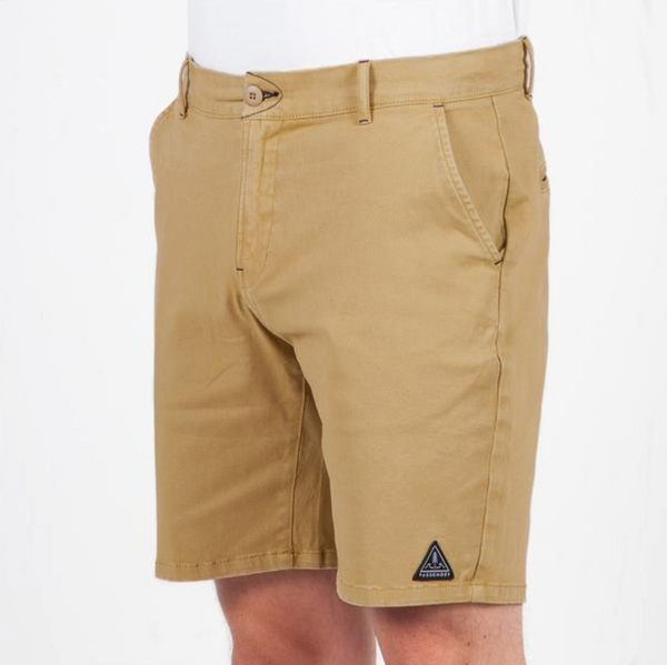 RIDGE SHORT x TAN