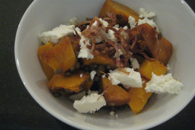 Balsamic Roasted Pumpkin, Lentil & Goat Cheese