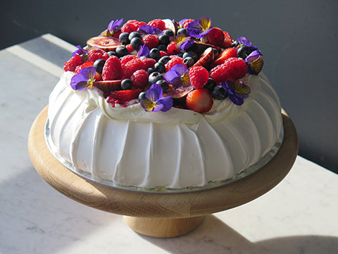 The Perfect Pav with Petite Ingredient Edible Flowers