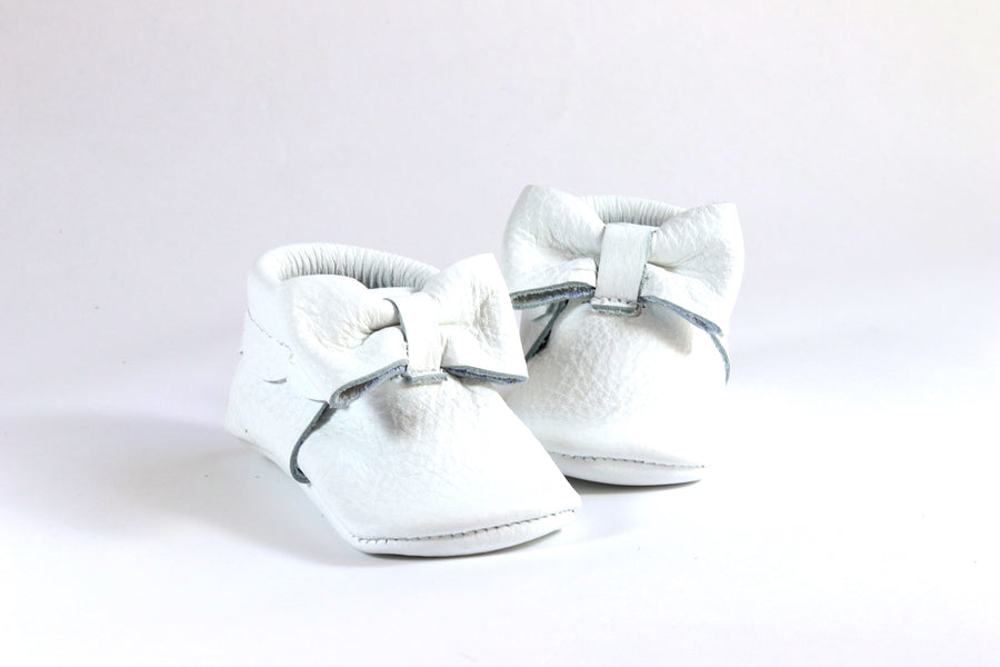 Bow Moccasins White