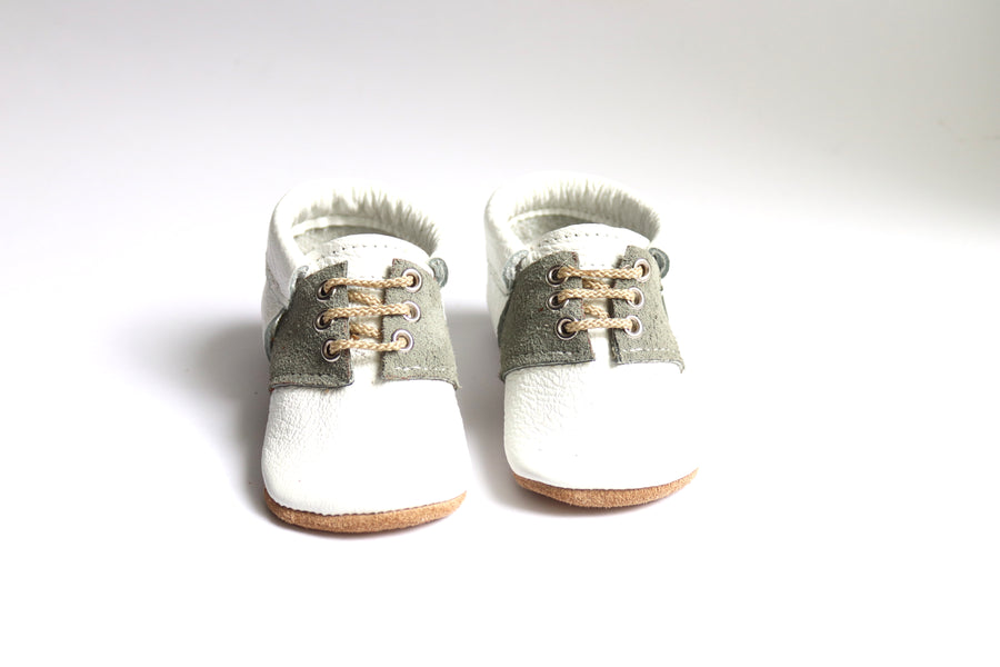 Bobbi Light Grey/White
