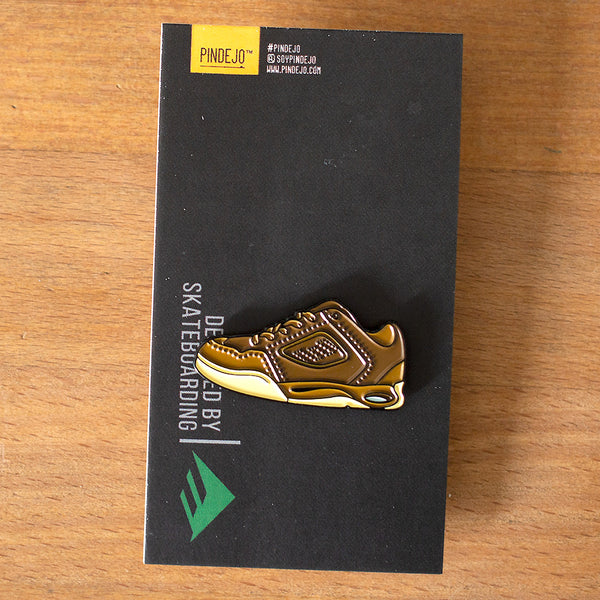 The Reynolds 1 Enamel Pin in Brown / Gum