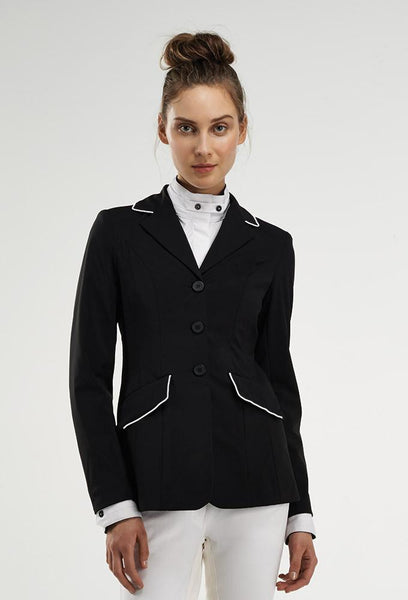 Wellington Hunt Coat W/White Piping