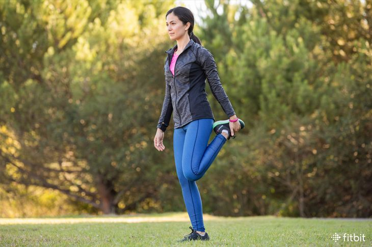 Going on a Walk? Here Are 7 Dynamic Stretches to Do First, Physical Therapists Say