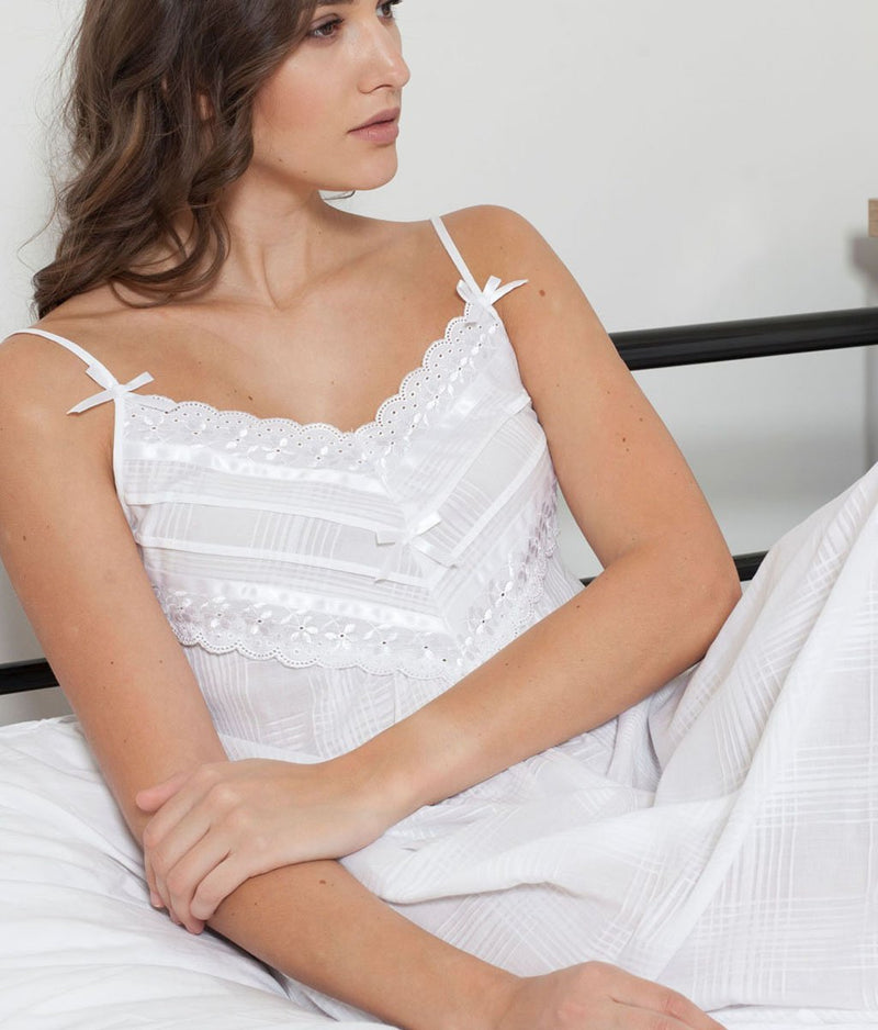 Cottonreal 'Cotton Lawn' (White) Nadine Nightdress - Sandra Dee - Collection Publicity Shot