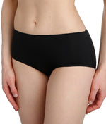 Marie Jo 'Color Studio' Basic (Black) Shorts - Sandra Dee - Model Shot - Side