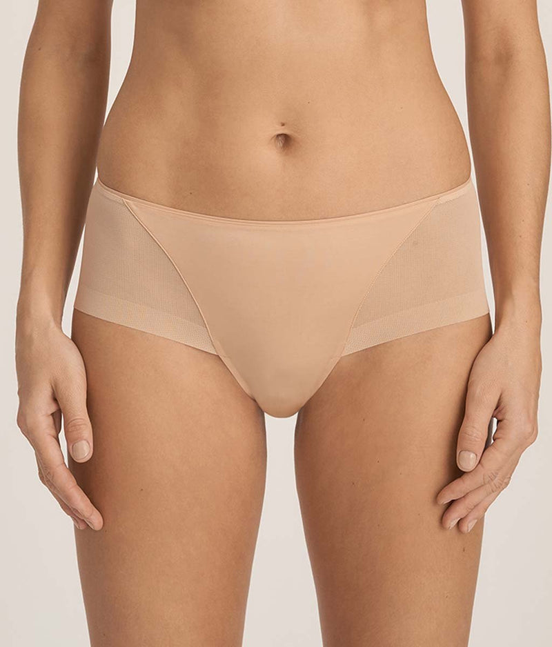 PrimaDonna 'Every Woman' (Light Tan) Hotpants - Sandra Dee - Model Shot - Front