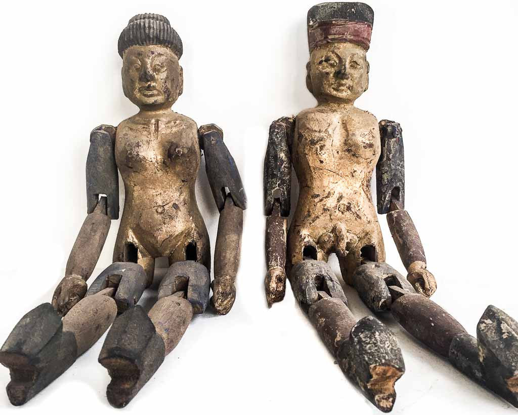 Pair of Chinese wooden dolls - Chinese decorations