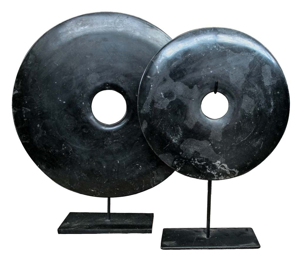Bi-disc in Dark Grey Black tones - Design interiors