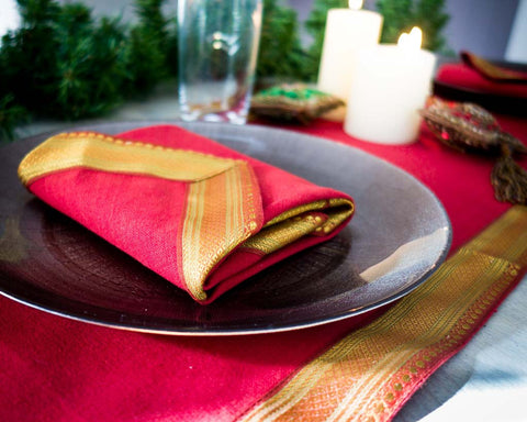 Christmas Table Linens Set - Red coloured - SERES Collection  - 1