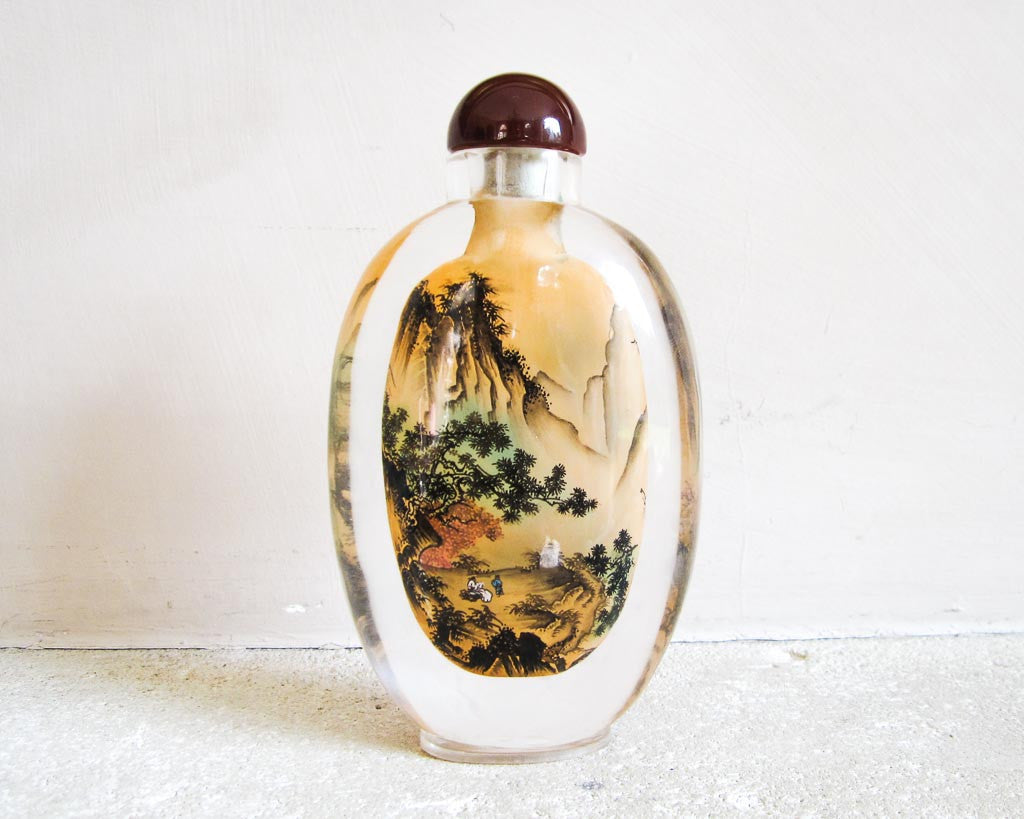 Antique table decoration - Inside painting artwork in snuff bottles