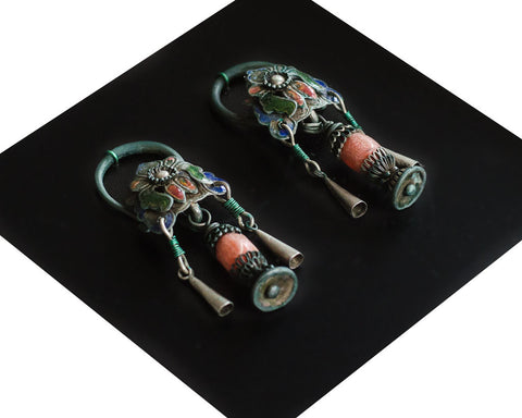 Antique colourful earrings from the Miao minority - SERES Collection  - 1