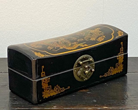 Small black lacquered boxes