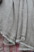 Taupe chevron patterned cashmere scarf - Dilli Grey