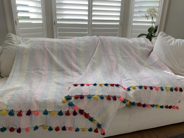 Anoothi rainbow throw - kingsize - Dilli Grey