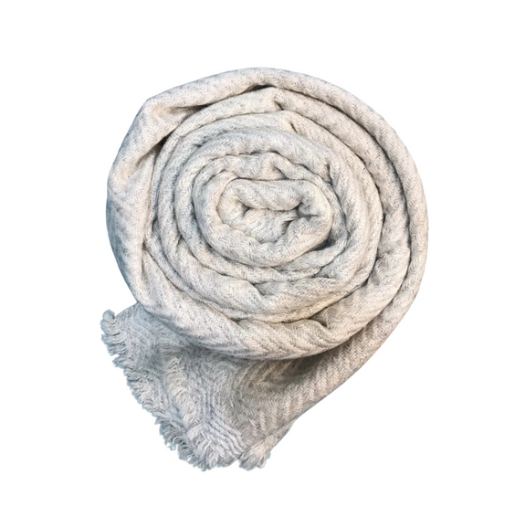 Winter white chevron patterned cashmere scarf - Dilli Grey