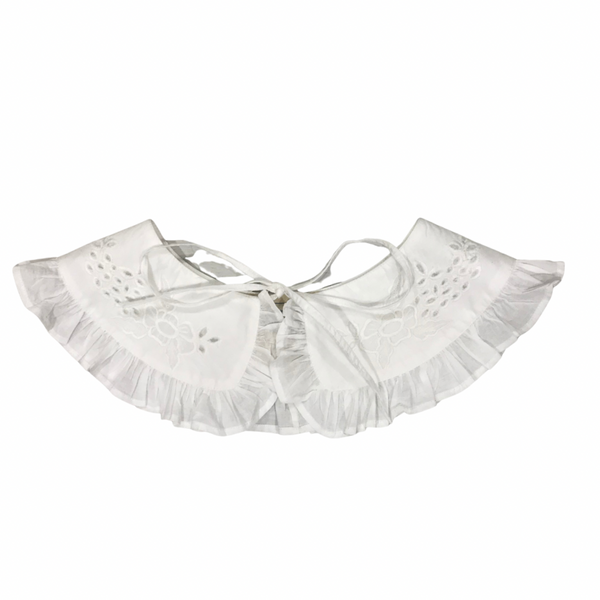Milly embroidered collar in white