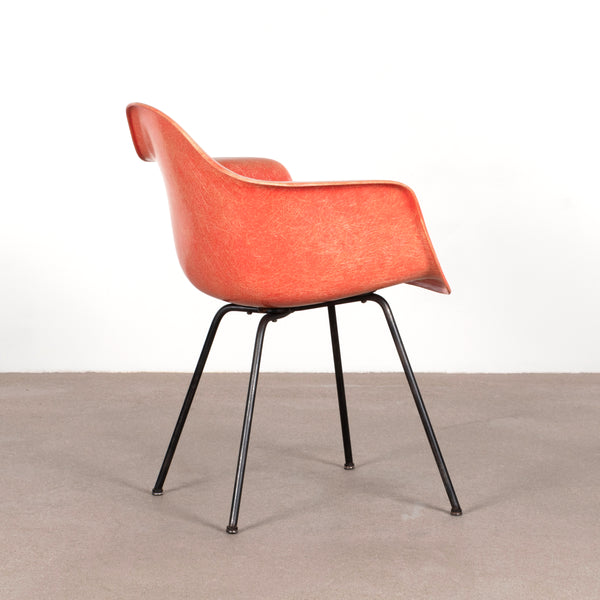 Charles and Ray Eames Salmon DAX armchair