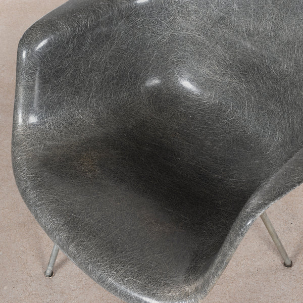 Eames DAX Elephant Hide Grey (2)