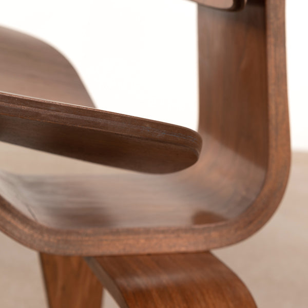 Eames LCW Walnut (4)