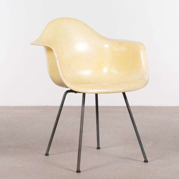Charles and Ray Eames DAX Lemon Yellow (Zenith)