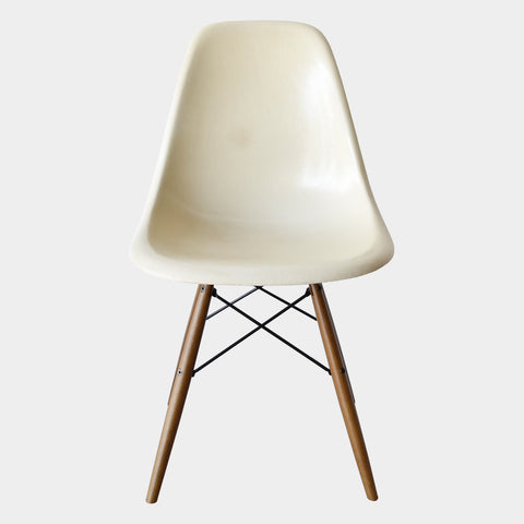 Charles & Ray Eames DSW Parchment