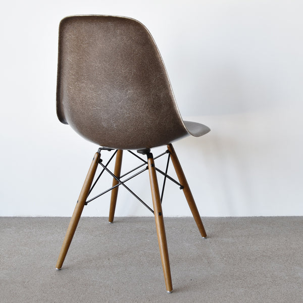 Eames DSW Seal Brown
