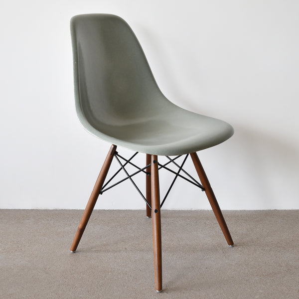 Eames DSW Sea Foam Green