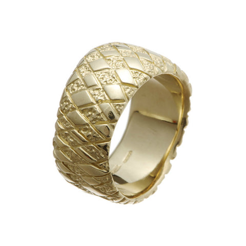 Chequered 9ct Yellow Gold Curved Ring