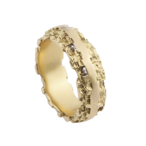 Luna 9ct Yellow Gold 6mm Band with Diamonds