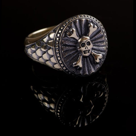 Hoye Division 9ct Yellow Gold Oval Skull & Crossbones Traditional Style Signet Ring