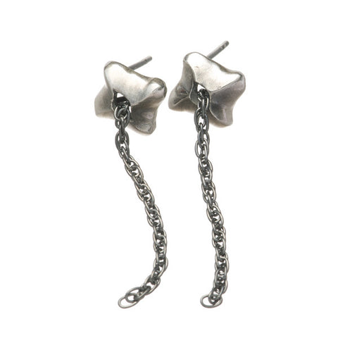 Mantaray Silver Drop Chain Ear Studs