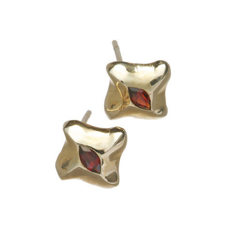 Mantaray 9ct Gold Garnet Ear Studs