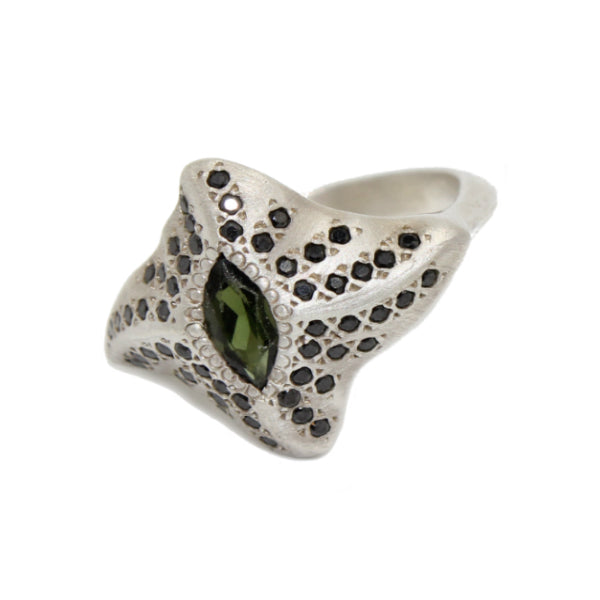 Mantaray Silver ring with Tourmaline