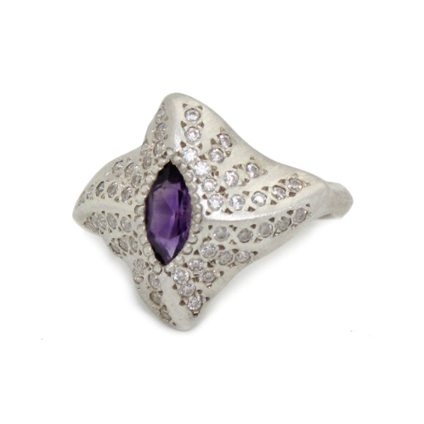 Mantaray Silver ring with Amethyst