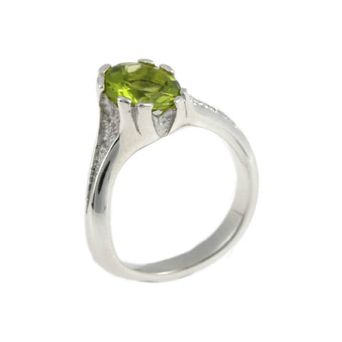 Libertine Silver Ring with Round Peridot