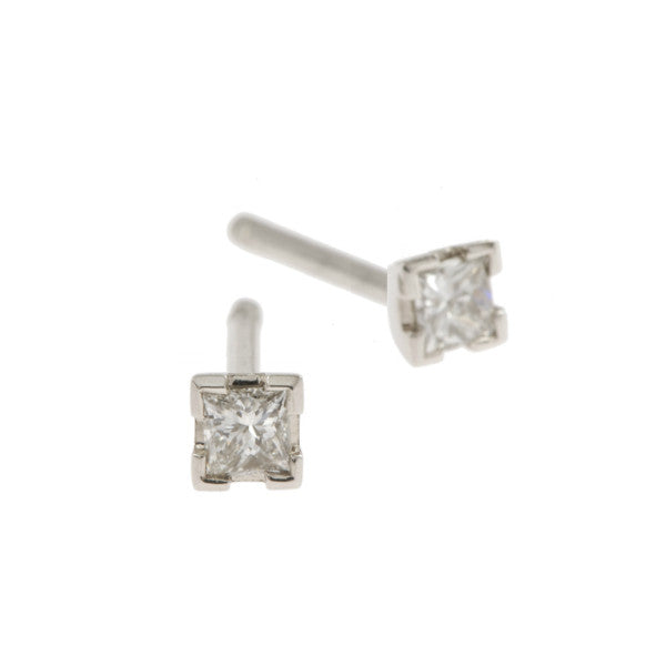 Castle 18ct White Gold .30pt Diamond Studs