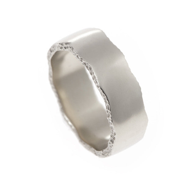 Trinity 9ct White Gold 7.5mm Textured Edge Ring