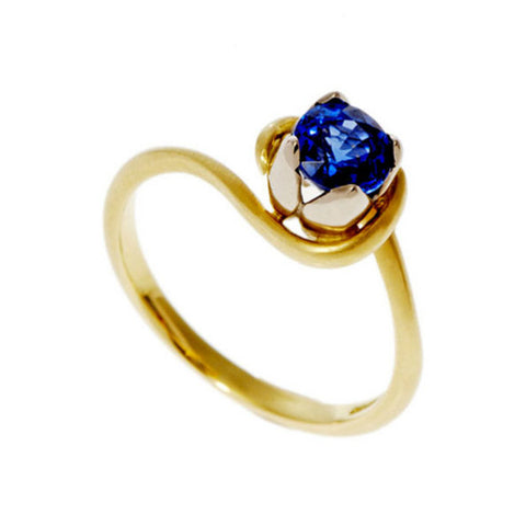 Tulip 18ct Yellow Gold Solitaire with .45pt Sapphire